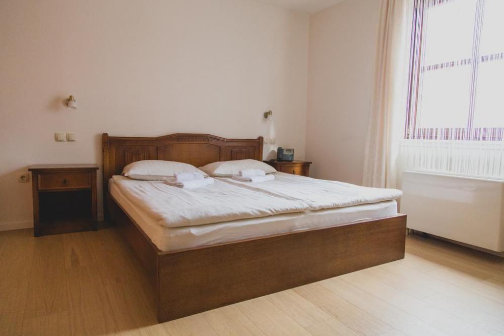 HOTEL IN RESTAVRACIJA SPLAVAR, BREŽICE 23