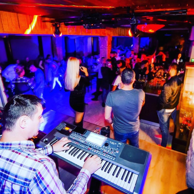 Troja lounge bar Ljubljana16