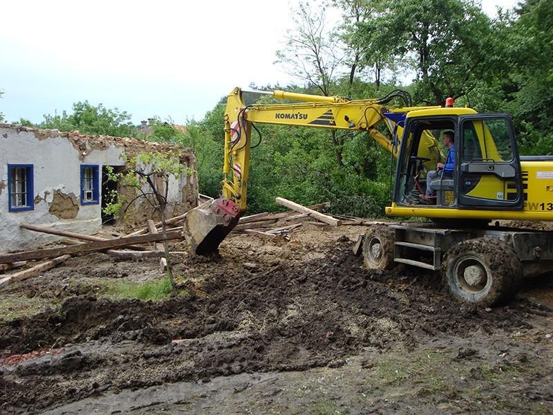 gradnja hiš, odvoz gradbenega materiala, urejanje okolice objektov, lenart7